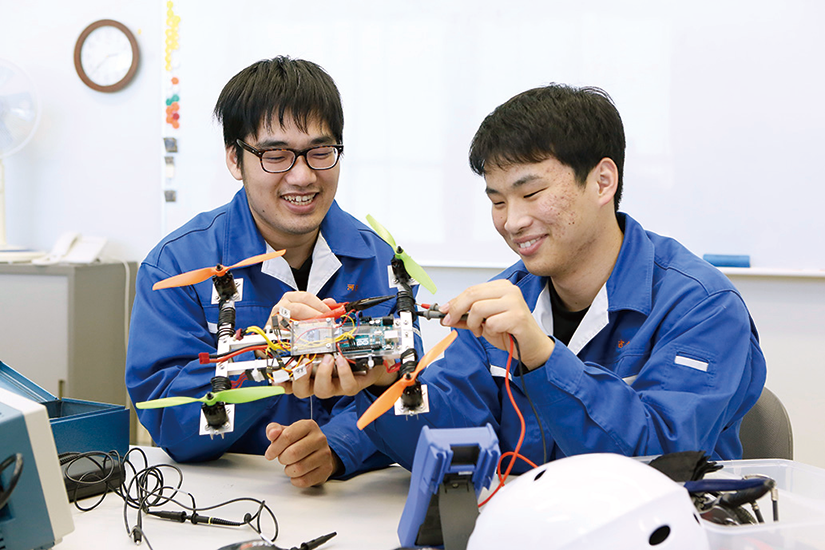 電子エネルギー制御科